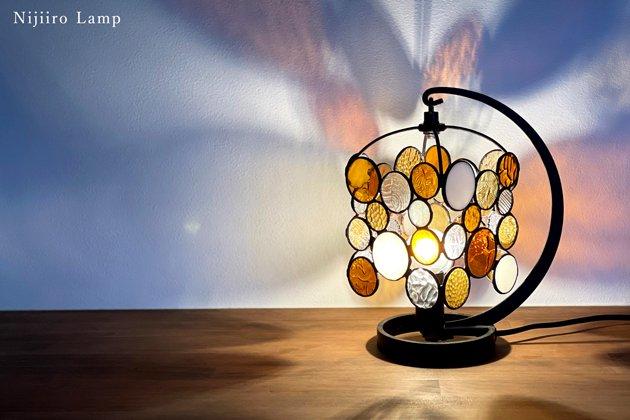 テーブルランプ Nijiiro drops amber ニジイロ ドロップス アンバー【画像3】