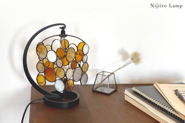 テーブルランプ Nijiiro drops amber ニジイロ ドロップス アンバー【画像9】