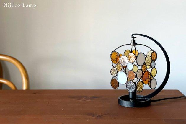 テーブルランプ Nijiiro drops amber ニジイロ ドロップス アンバー【画像10】