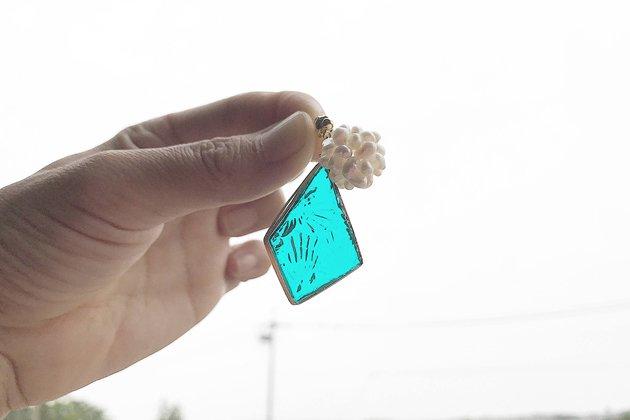 【ピアスゴールド】Bon ブルーグリーンWFL パールモチーフ付き【画像4】