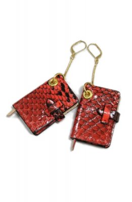 THEATRE PRODUCTS leather book pierced earrings(red)
