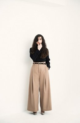 CONICAL two tuck wide pants