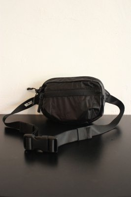 HOLIDAY × BURLAP OUTFITTER packable mini waist bag