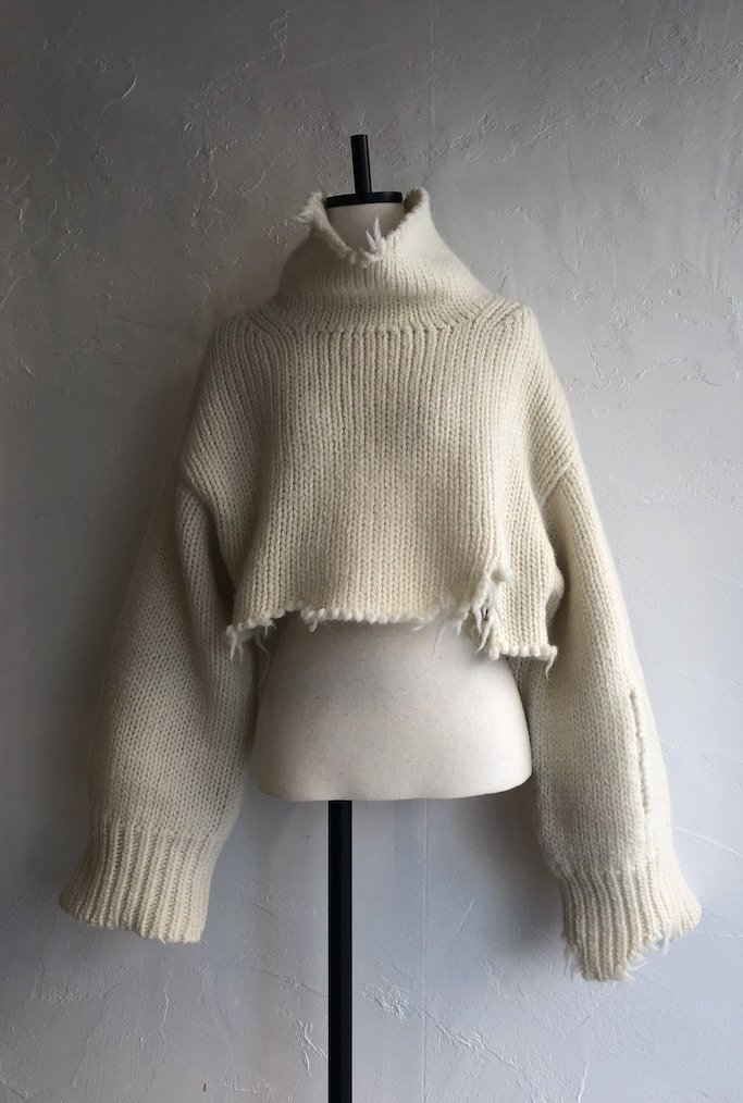 TARO HORIUCHI damage short high neck knit pullover