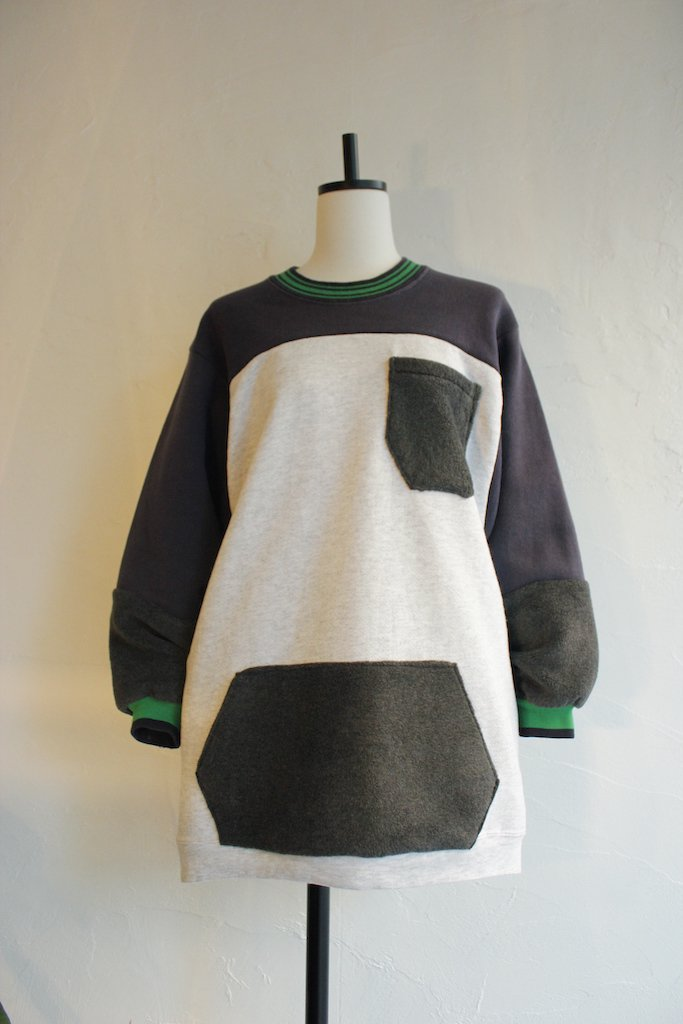 Kidole. fleece pocket patchwork sweat