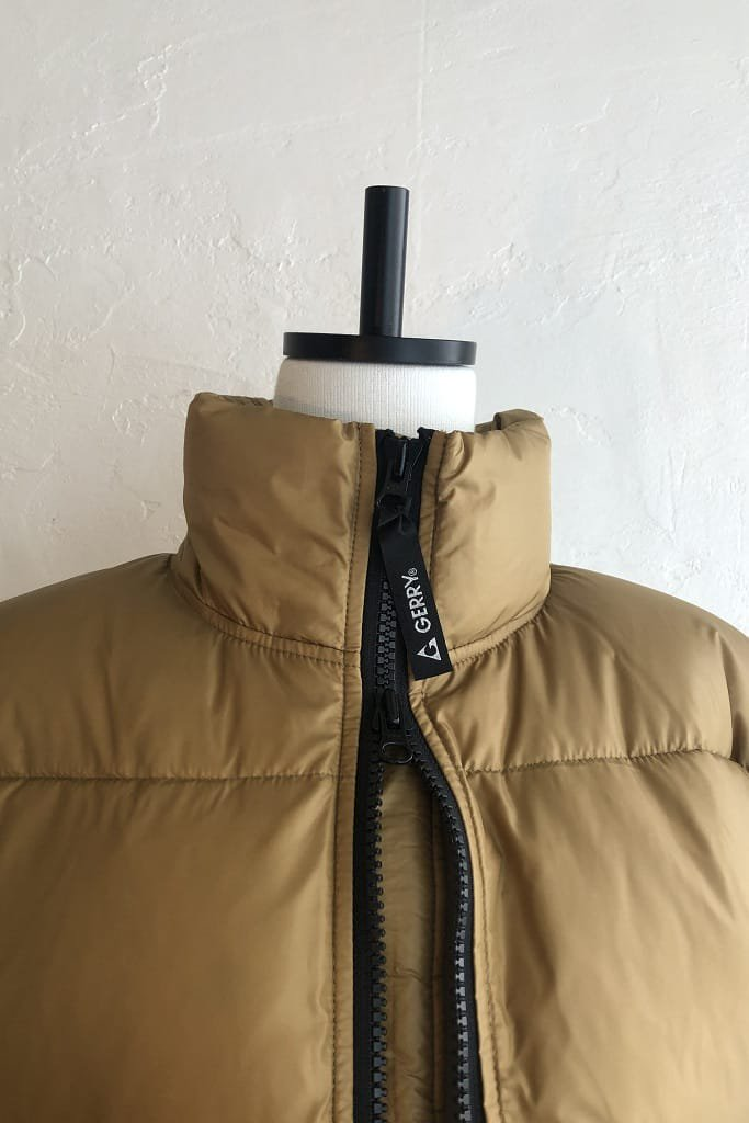 EFILEVOL puff jacket collaboration with GERRY(camel)