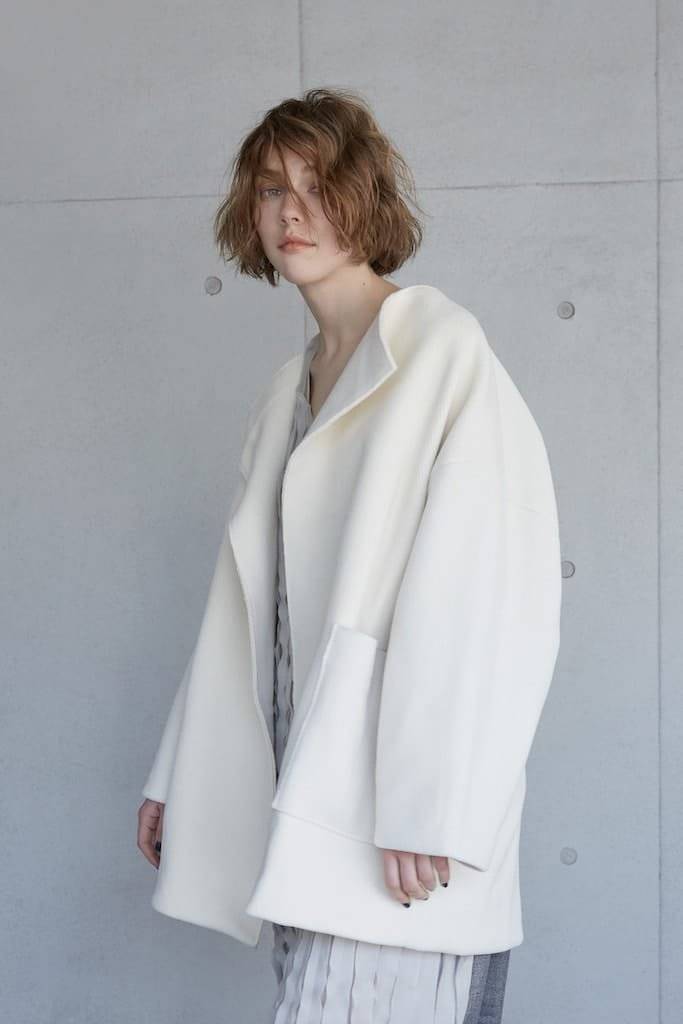 CONICAL big silhouette coat