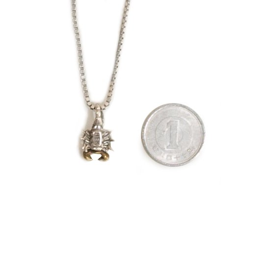 CLUCT CLUCT x HUF x HEK NECKLACE 【SILVER】