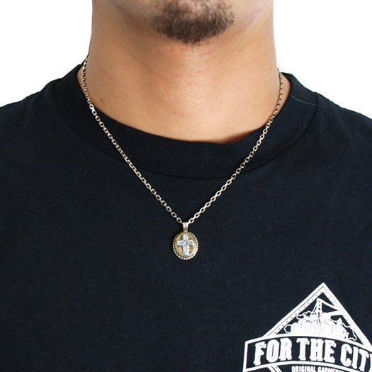 CLUCT EFFECT NECKLACE