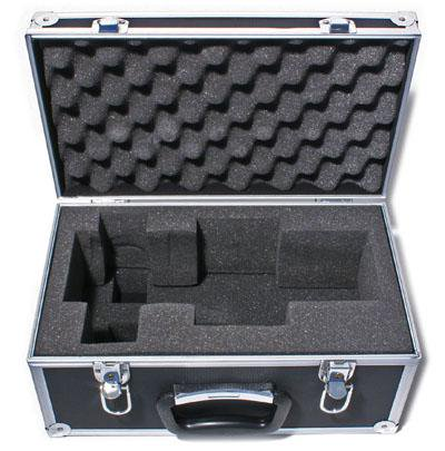 Aluminum carrying case for compact 70mm aperture refractor
