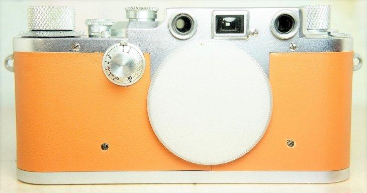 洒落た貼り革のバルナックライカIIIc(3c) オーバーホール済みの6ヶ月保証付