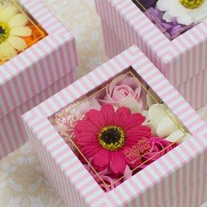 【お花の入浴剤バスフレグランスソープ】ボックスアレンジ クリア