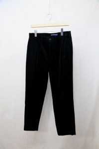 <img class='new_mark_img1' src='https://img.shop-pro.jp/img/new/icons8.gif' style='border:none;display:inline;margin:0px;padding:0px;width:auto;' />semoh - Corduroy tuck trousers(Mens)