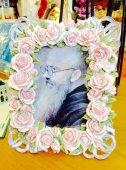 【花柄雑貨】コルベ神父 額縁 ピンク
