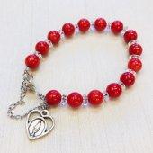 赤珊瑚5A(染)×平水晶 ハートメダイ付きボタン式ブレスレット