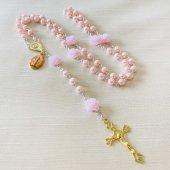 ピンク フラワービーズ メダイつき十字架ロザリオ