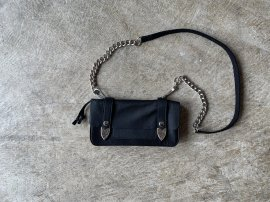 <img class='new_mark_img1' src='//img.shop-pro.jp/img/new/icons13.gif' style='border:none;display:inline;margin:0px;padding:0px;width:auto;' />RODEO SHOULDER BAG