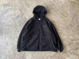 <img class='new_mark_img1' src='//img.shop-pro.jp/img/new/icons13.gif' style='border:none;display:inline;margin:0px;padding:0px;width:auto;' />POLARTEC® FLEECE COZY HOODED BLOUSON