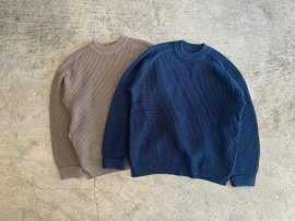 <img class='new_mark_img1' src='//img.shop-pro.jp/img/new/icons13.gif' style='border:none;display:inline;margin:0px;padding:0px;width:auto;' />AZTEC CN SWEATER