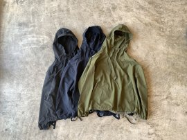 <img class='new_mark_img1' src='https://img.shop-pro.jp/img/new/icons20.gif' style='border:none;display:inline;margin:0px;padding:0px;width:auto;' />AGEING TAFFETA PHAT PARKA