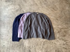 <img class='new_mark_img1' src='https://img.shop-pro.jp/img/new/icons20.gif' style='border:none;display:inline;margin:0px;padding:0px;width:auto;' />MOHAIR BAGGY SWEATER
