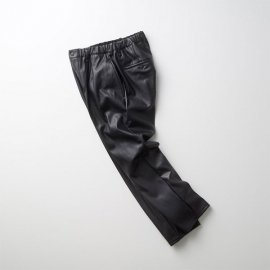 """<img class='new_mark_img1' src='https://img.shop-pro.jp/img/new/icons13.gif' style='border:none;display:inline;margin:0px;padding:0px;width:auto;' />REGENCY EZ TROUSERS """"Synthetic leather"""""""