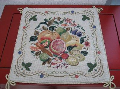 クッション カバー 刺繍