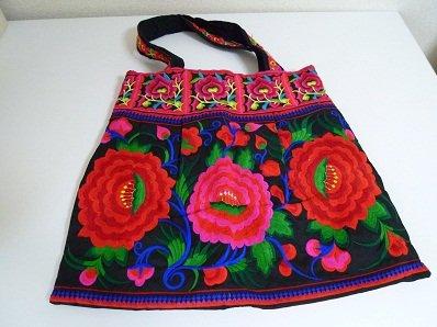 刺繍バッグ