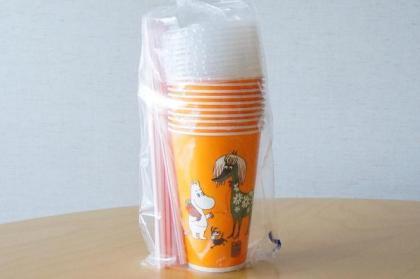 ムーミンの紙コップ(蓋・ストロー付き)10個セット