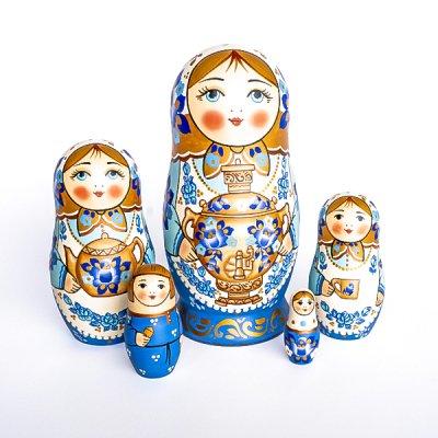 マトリョーシカ / グジェリ / お茶の時間 / 白いプラトーク / ナデェージダ・イヴァンツォーヴァ作