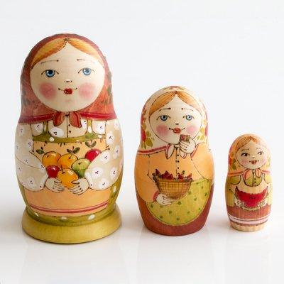 マトリョーシカ / りんご / ウッドバーニング / 3pieces / エレーナ・イヴァンツォーヴァ作