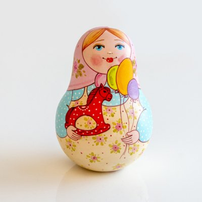 ネヴァリャーシカ / 風船と馬のお人形 / エレーナ・イヴァンツォーヴァ作