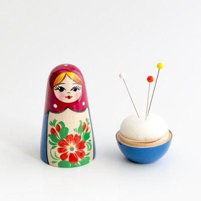 マトリョーシカ針刺し / 赤いプラトーク / a