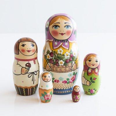 マトリョーシカ / いちご / 5pieces / イヴァンツォーヴァ作