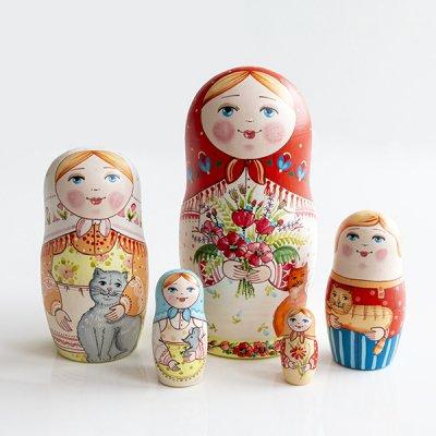 マトリョーシカ / 花束と猫 / 5pieces / エレーナ・イヴァンツォーヴァ作
