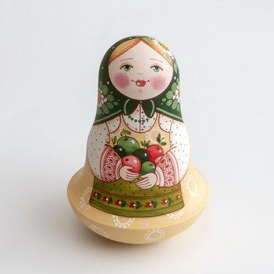 ネヴァリャーシカ / りんご / エレーナ・イヴァンツォーヴァ作
