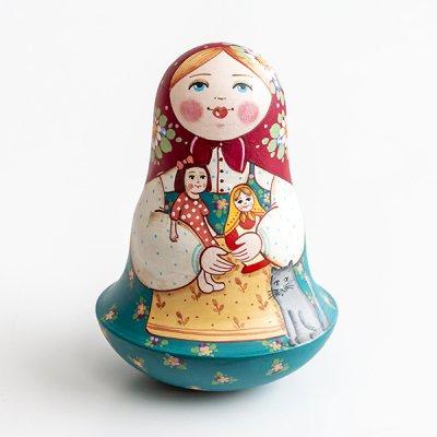 ネヴァリャーシカ / お人形と猫 / エレーナ・イヴァンツォーヴァ作