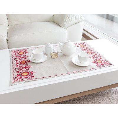 アルハンゲリスク刺繍テーブルセンター