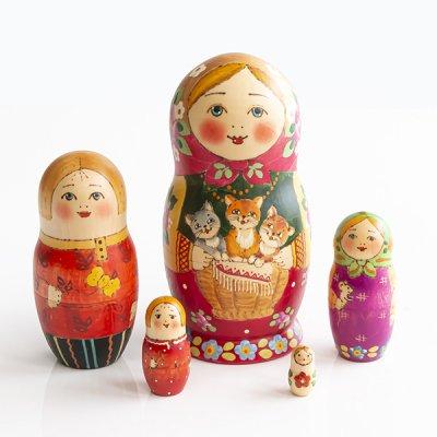 マトリョーシカ / 3匹の子猫 / 5pieces / リューバ・プジィーキナ作