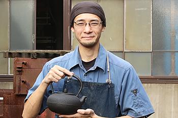 鉄瓶職人小野