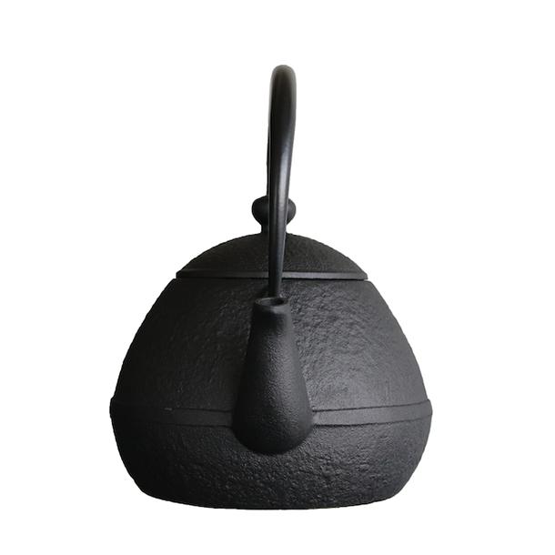 鉄瓶たまご形0.55L