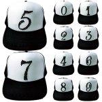 キャップ ナンバー 数字 デザイン 帽子(黒、白)ストーン(ブラック)