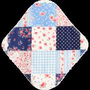【Sサイズ】小さなローズのパッチワーク(ブルー)