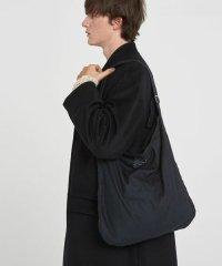 VICTIM [ヴィクティム] TOTE BAG<トートバッグ> #ブラック