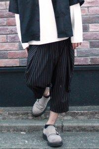 glamb [グラム] GB0118 / MN10 : Cropped pants<クロップドパンツ> ストライプ(ブラック)