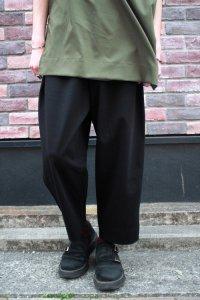N.HOOLYWOOD [エヌハリウッド] COLLECTION LINE LOOSE-FITTING PANTS <コレクションライン ワイドテーパードパンツ> ブラック