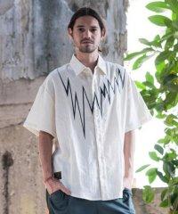 glamb [グラム] GB0218 / MN05 : Gauze SH <ノイズワイドシャツ> オフホワイト