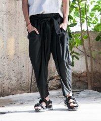 glamb [グラム] GB0218 / MN13 : Maasai pants <スラックステーパードパンツ> ブラック