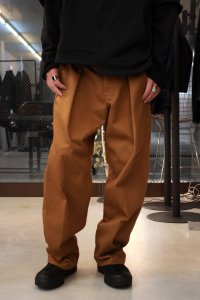 <img class='new_mark_img1' src='//img.shop-pro.jp/img/new/icons16.gif' style='border:none;display:inline;margin:0px;padding:0px;width:auto;' />【SALE 30%OFF】JieDa × Dickies [ジエダ×ディッキーズ] REMAKE TUCK SLACKS <リメイクタックスラックスパンツ(2018AW)> ブラウン