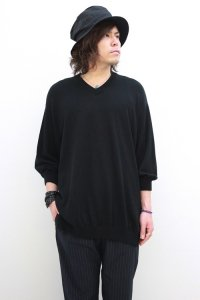 VICTIM / 7 SLEEVE V-NECK LOOSE KNIT<7分袖Vネックルーズニット> # ブラック